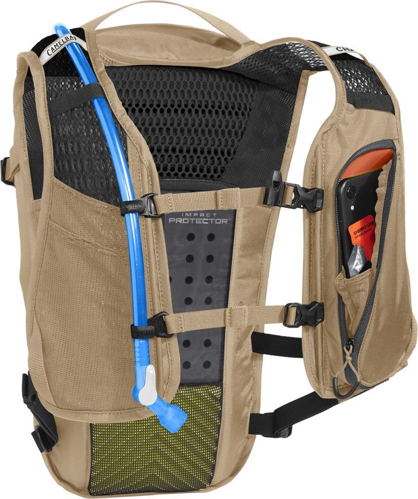 CamelBak Chase Protector R20_ChaseProtectorVest_HarnessStorage_kelCha